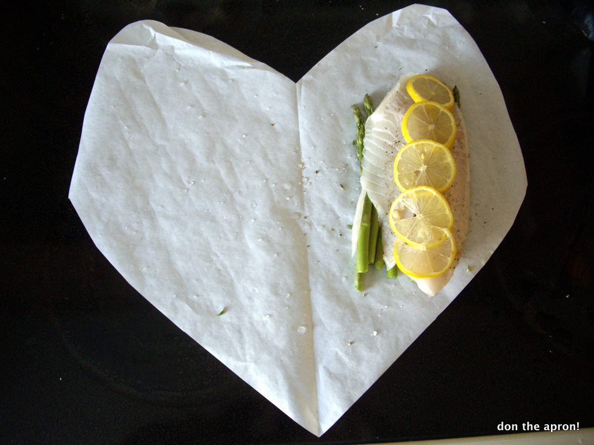 Lemon and Thyme Fish en Papillote (Fish in Parchment) | Don the Apron!